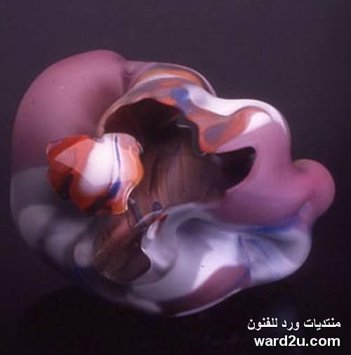 المستقبلية فى اعمال فنان الزجاج Marvin Lipofsky
