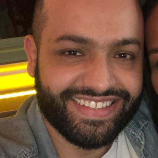Aaron Alves