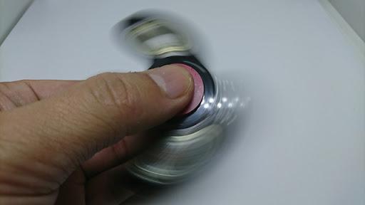 DSC 1976 thumb%25255B3%25255D - 【小物】「ハンドスピナー」フォトレビュー。くるくる回す奴、また買っちゃいました。チタン製と真鍮かっこいいよ!