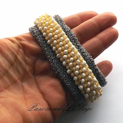 Bransoleta szydełkowa z koralikami węzyk koraliki toho bransolety stylowe bransoletki bransoletka Panorama LeSage Biżuteria szydełkowa ozdoba dodatki