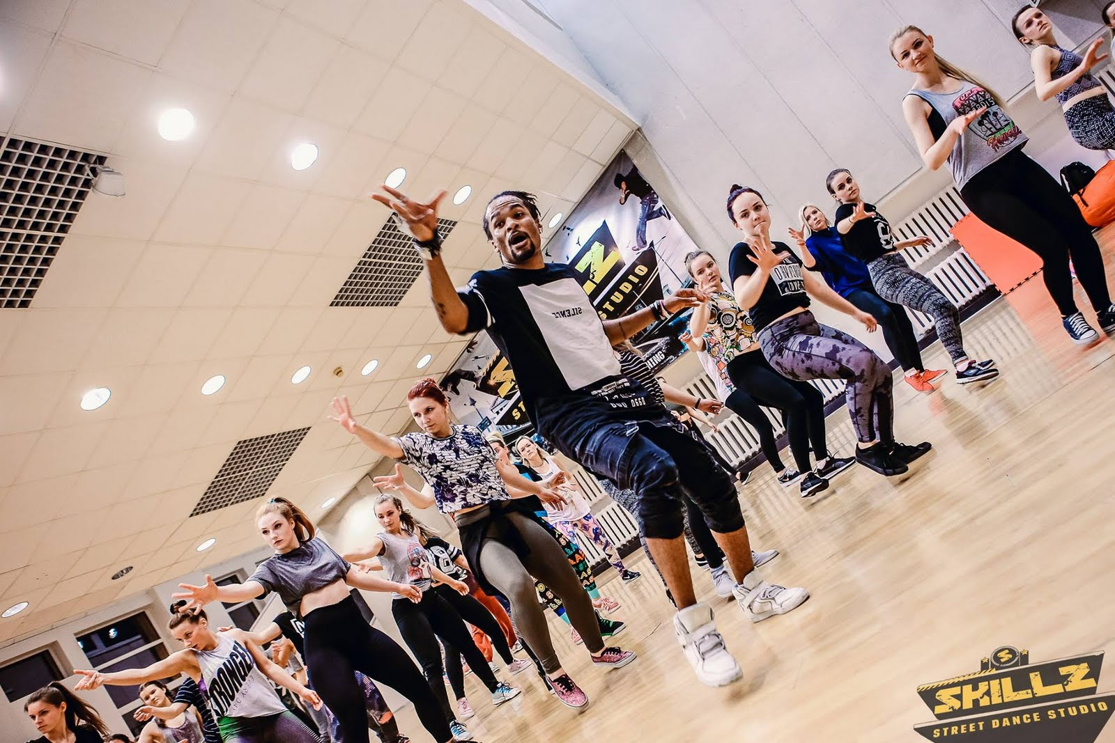 Dancehall workshop with Jiggy (France) - 7.jpg