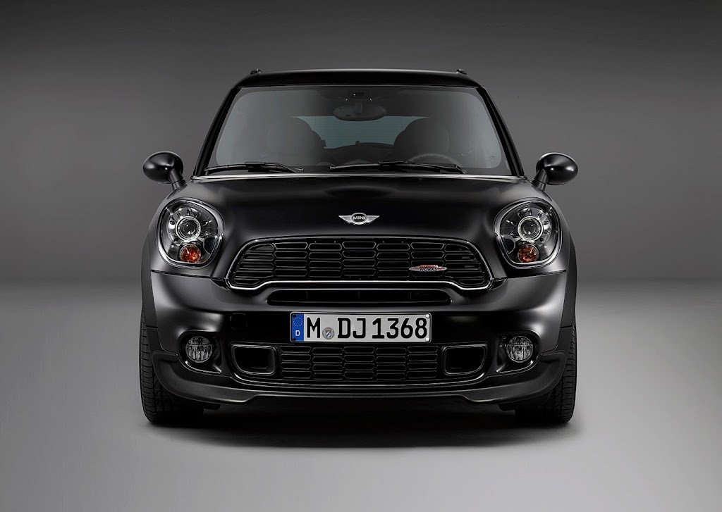 MINI Paceman Frozen Black Matte 54