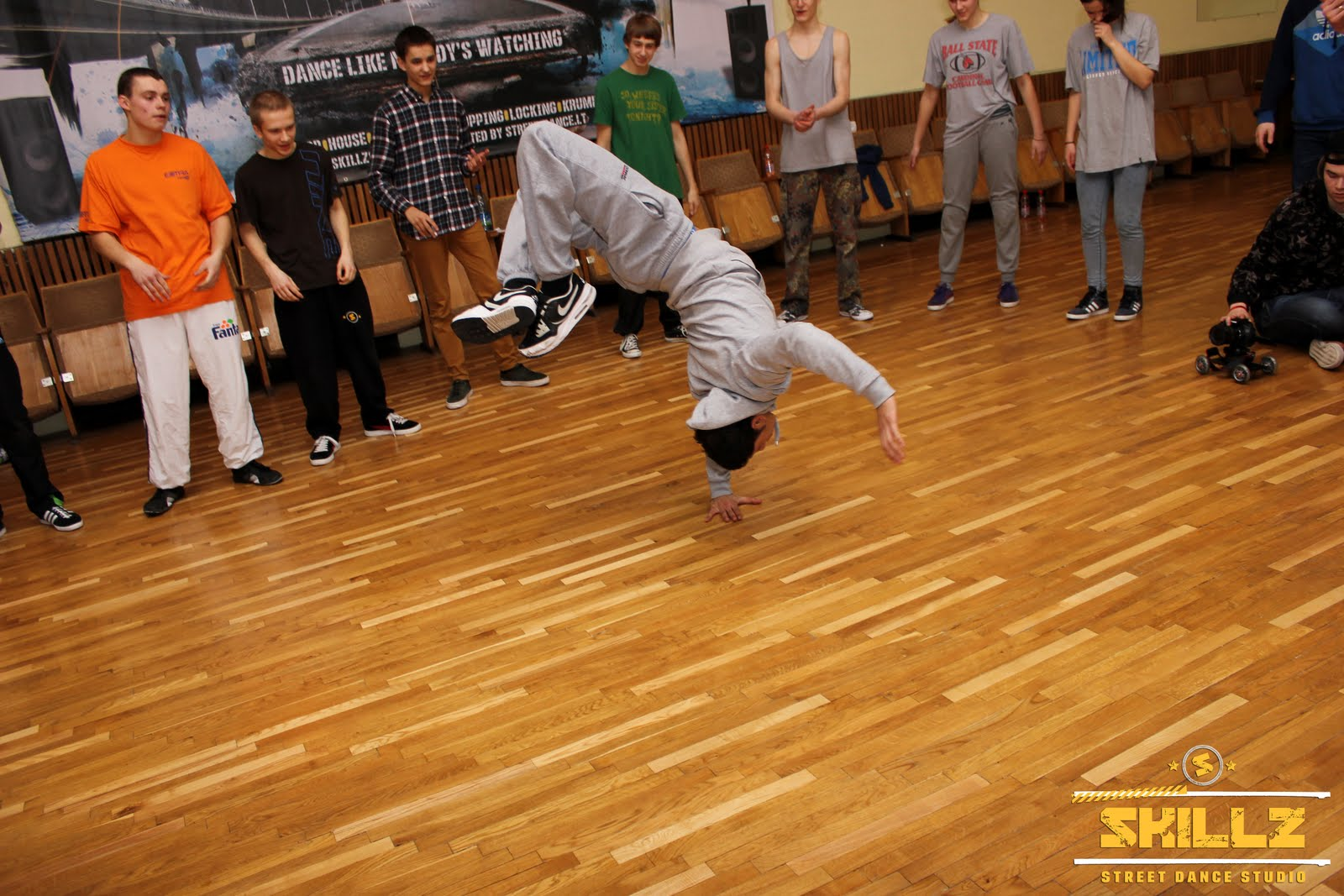 James (Olandija) Bboying workshop - IMG_2193.jpg