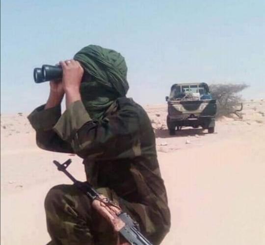 ⭕ URGENTE | Ejército Saharaui destruye el puesto de mando de campo del enemigo en Mahbes.