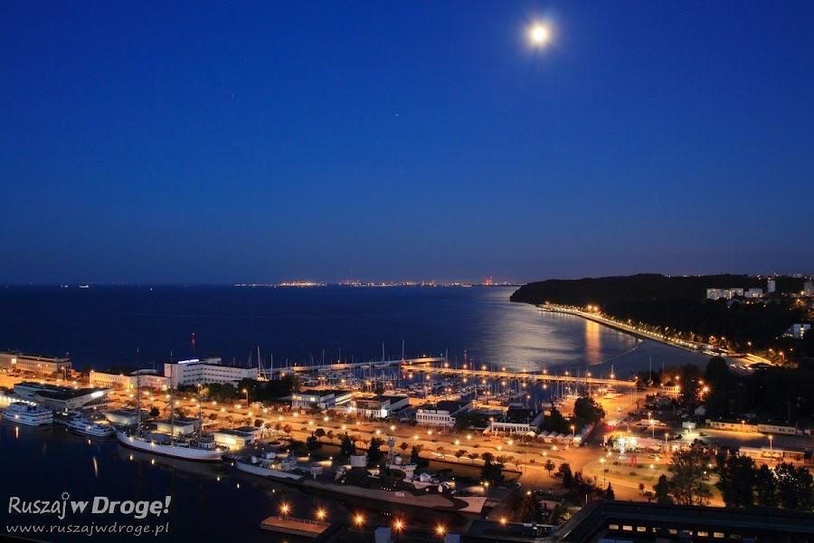 Gdynia nocą - widok z Sea Towers