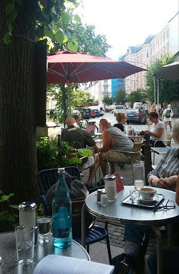 unter den linden hamburg cafe