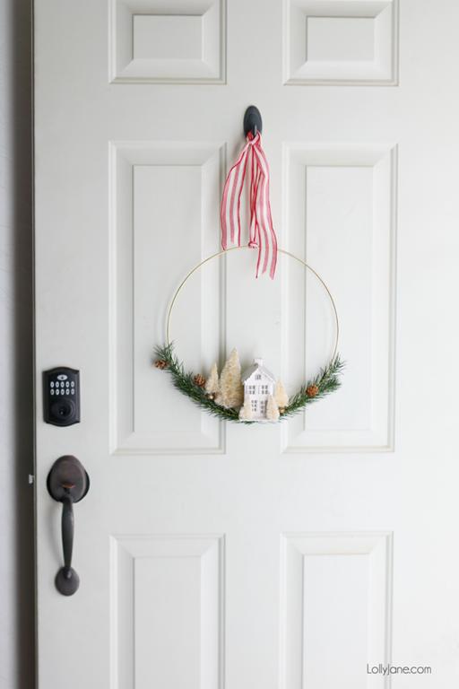 [DIY-Christmas-Door-Wreath-Gold-Hoop-670x1005%5B2%5D]