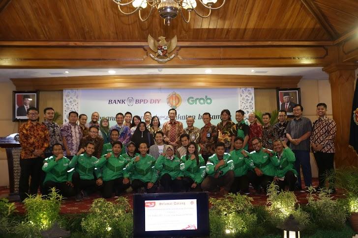 Sultan HB X Gandeng Grab, Yogya Bakal Jadi Cyberprovince
