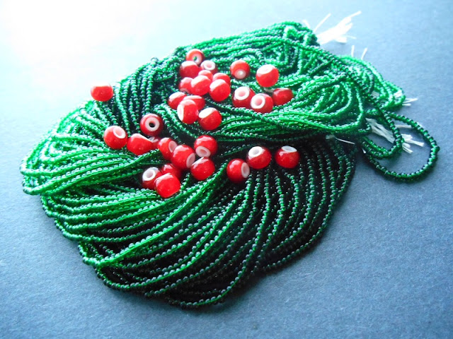 Jolly Berries Bead Color Idea