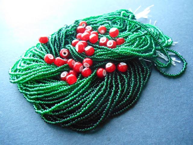 Jolly Berries Bead Color Idea