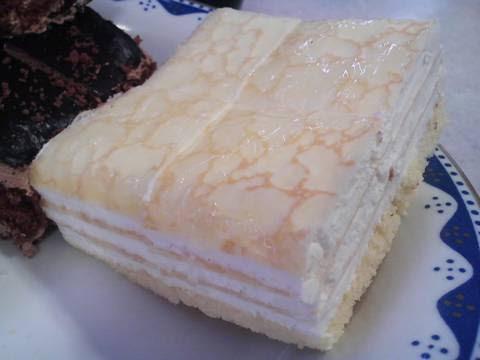 ミルフィーユケーキ 回転寿司かいおう小牧パワーズ店