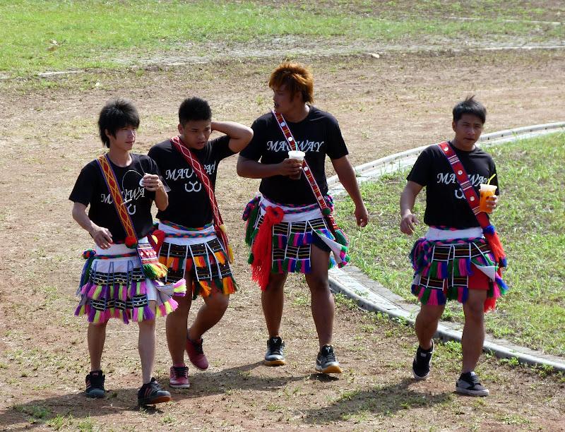 Hualien County. Liku lake. Danses Amis J 2 - liyu%2B2%2B352.JPG