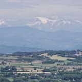 Les Alpes depuis le Lubéron (D31, au sud de Céreste), 12 mai 2014. Photo : J.-M. Gayman