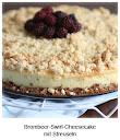 Brombeer-Swirl-Cheesecake mit Streuseln
