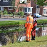 Auto in diep gerold aan H. Hindersstraat - Foto's Teunis Streunding