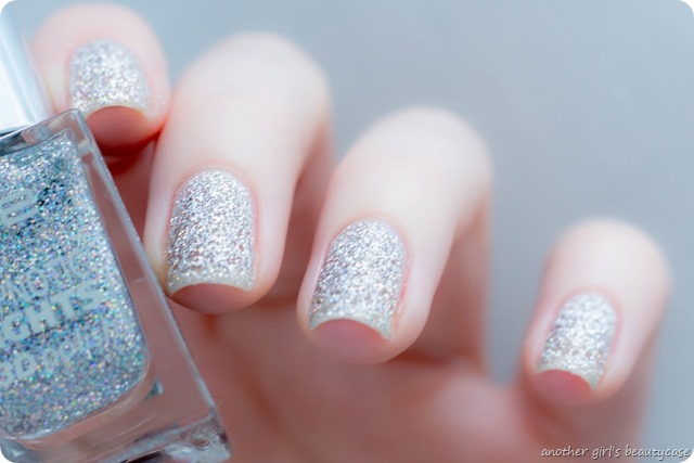 LFB Silber Silver p2 hypnotic lights 020 looking glass swatch review
