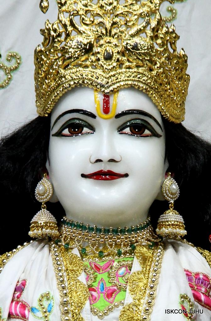ISKCON Juhu Mangal Deity Darshan on 1st Jan 2016 (45)