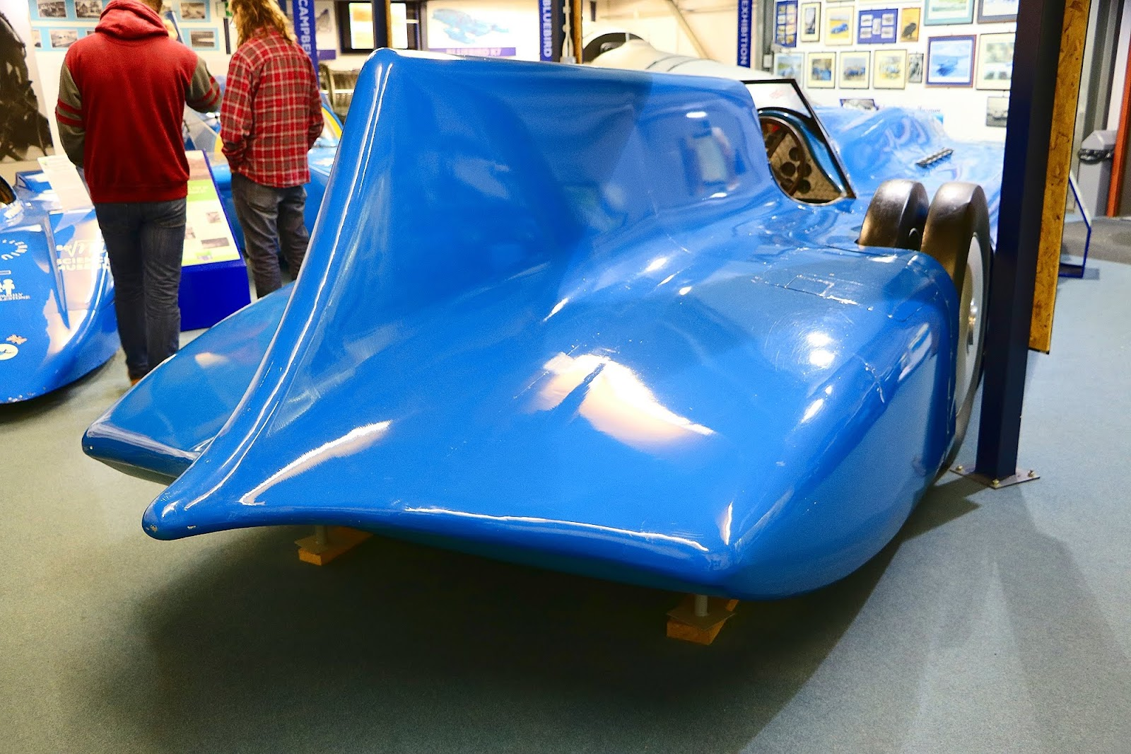 Sir Malcolm Campbells 1935 Bluebird Car Rear.jpg