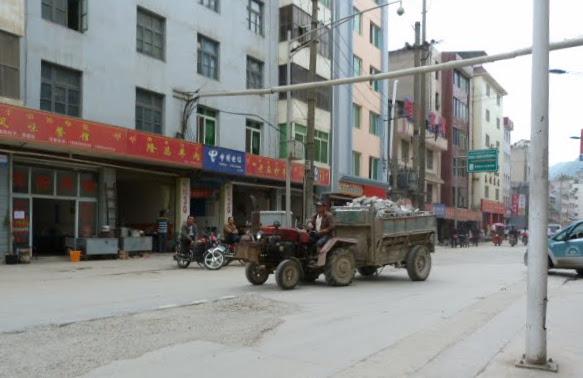 CHINE.SICHUAN.LEI BO,petite ville , escale pour aller à XI CHANG - 1sichuan%2B642.JPG