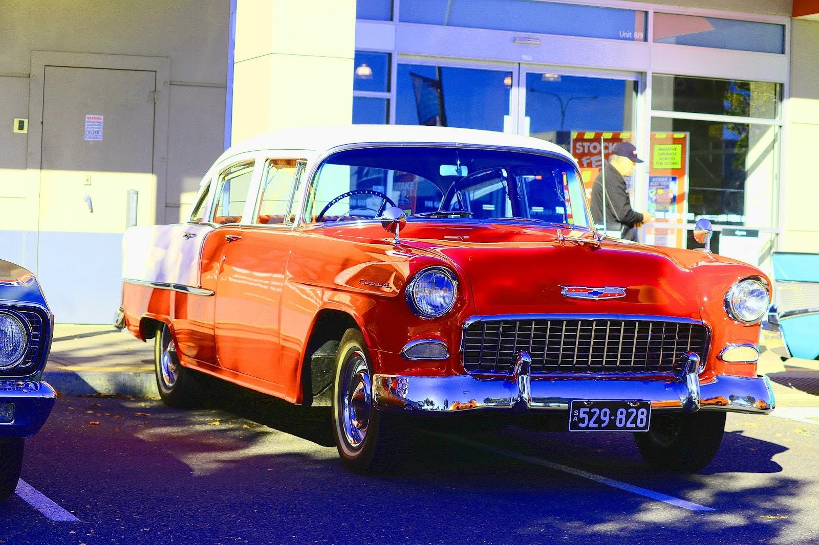 Chevrolet 1956.jpg