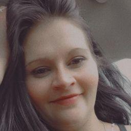user Courtney Whitten apkdeer profile image