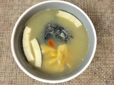 hanhan128blog.blogspot.com : 花膠椰子杞子煲竹絲雞(食譜)