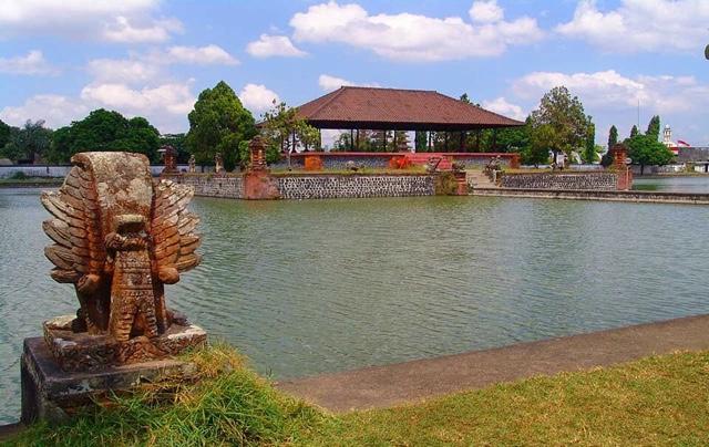 Sejarah Taman Mayura Lombok Society