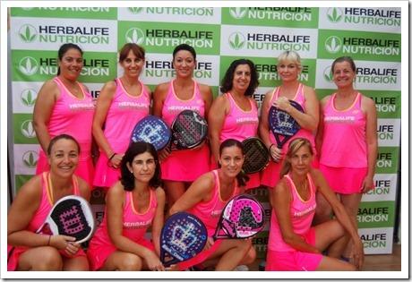 """El Circuito de Herbalife """"Pádel y Mujer"""" para jugadoras amateur llega con fuerza."""