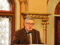 27 - Kardos Gábor jogászprofesszor a nyelvi jogokról tartott előadást.JPG