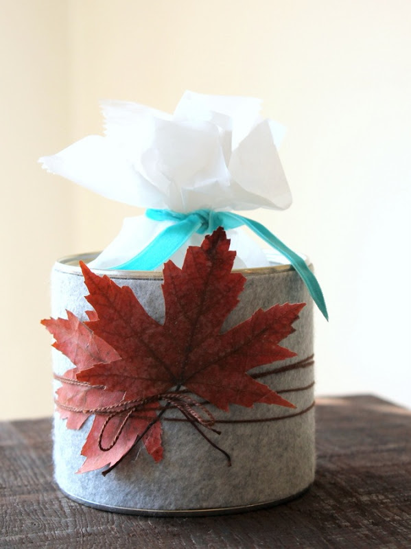 Grey Felt Fall Treat Tin - carolynshomework (4)