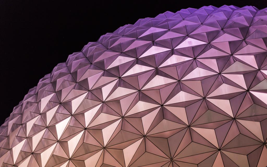 IMAGE: https://lh3.googleusercontent.com/-qhnaP64F0aE/UvWV6iNfgEI/AAAAAAAAsTs/OoYDiA7Na2k/w1024-h640-no/Disney+2014+-+1024-2.JPG