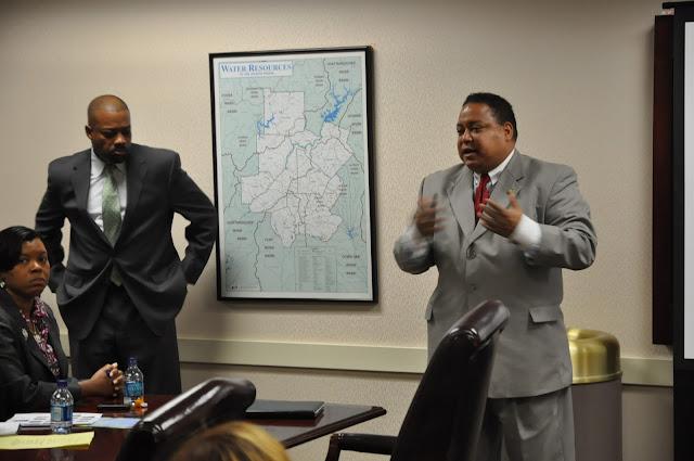 Dec. 2010: ELI Visits Atlanta - DSC_4104.JPG