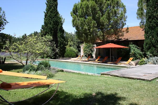 only provence villa mas de mejades. Black Bedroom Furniture Sets. Home Design Ideas