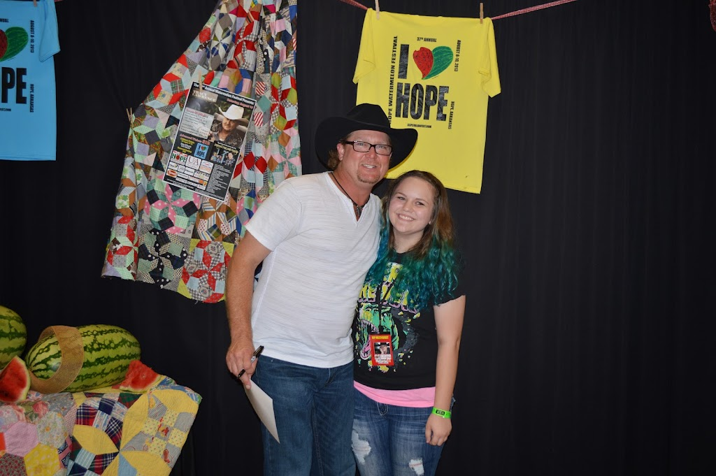 Tracy Lawrence Meet & Greet - DSC_2908.JPG