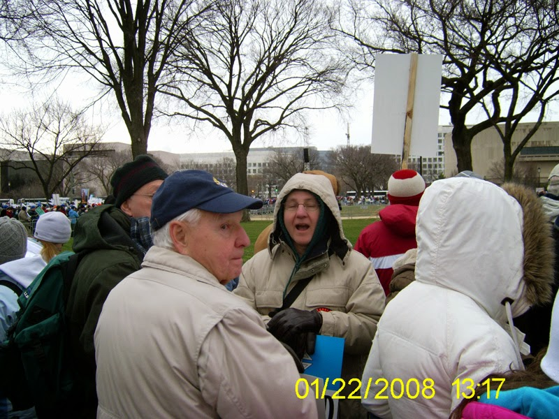 08DCMarch002