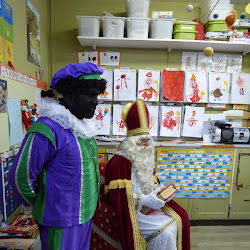 Sint en Piet in de visjesklas