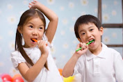 Cara Mengajarkan Anak 2 tahun Untuk Rajin Sikat Gigi