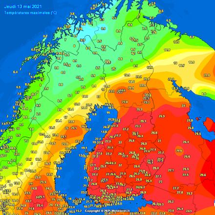 Ασυνήθιστη θερμή εισβολή ανέβασε τον υδράργυρο σε υψηλά επίπεδα για την εποχή στην Σκανδιναβική χερσόνησο