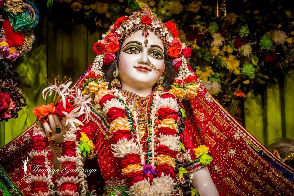 ISKCON Mayapur Deity Darshan 14 Jan 2017 (36)