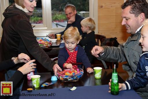 Prijsuitreiking ballonnenwedstrijd  kermis Vierlingsbeek en Overloon 01-12-2012 (2).JPG