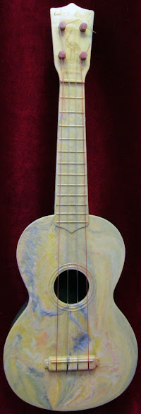 Chriss Kratt Plastic Soprano Ukulele