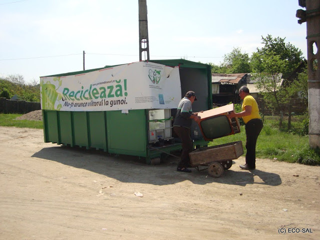 Campania de colectare a deseurilor periculoase din deseuri menajere MAI 2011 - DSC09650.JPG