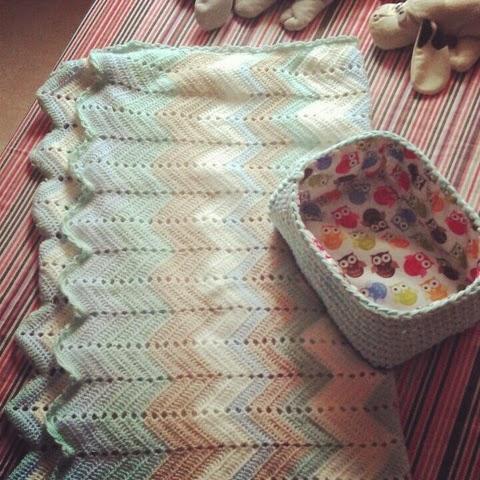El Gnomo De Ganchillo: Manta bebé zigzag ganchillo / Baby blanket ...