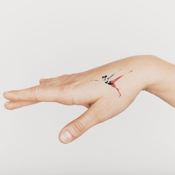 Esta pequena mão tat