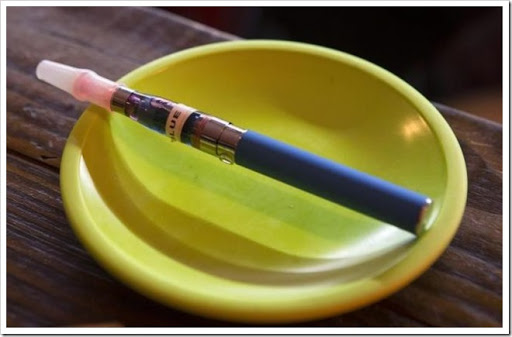 Vapeee thumb%25255B2%25255D - 【規制ヤバイ】アメリカ、航空機で電子タバコの預かり荷物禁止、機内充電禁止、機内利用禁止!!【妥当】