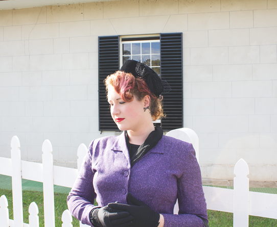 Chic vintage style in violet and jet black | Lavender & Twill
