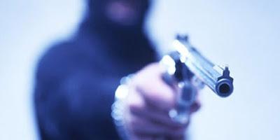 Assalto e tiroteio em praça pública em Vargem Grande