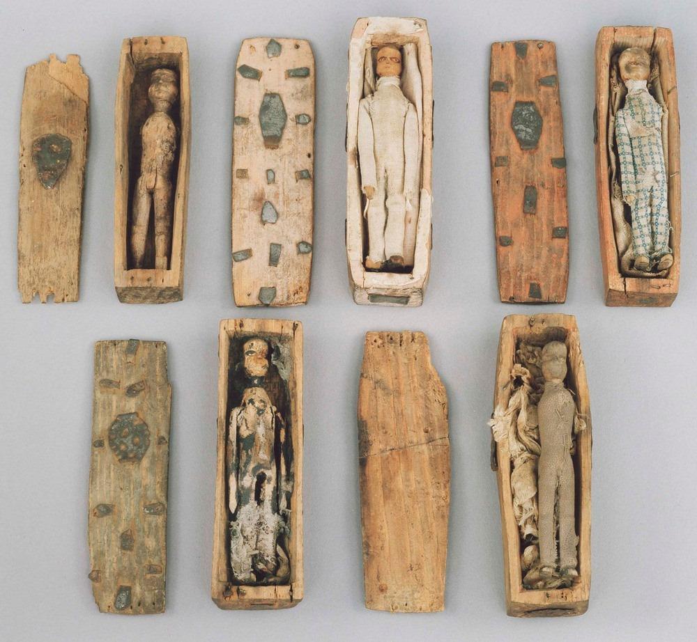 arthurs-seat-coffin-4