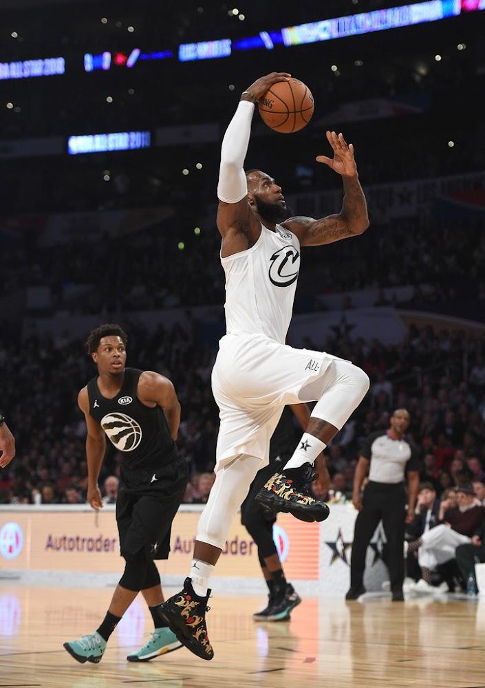 3679e821686c ... King James Wins 2018 NBA AllStar MVP in LeBron 15 KITH PEs ...