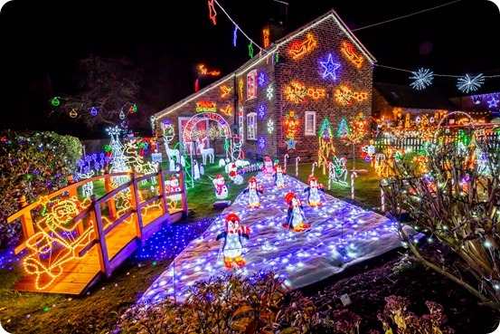 Weston Christmas Light Display 2018 (3)